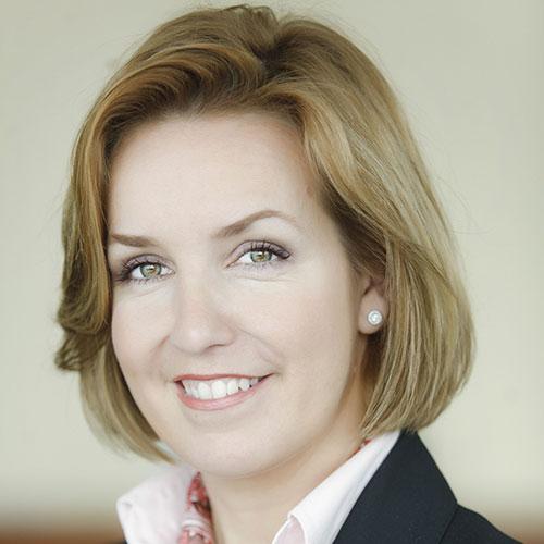 Dr. Judit Zolnay
