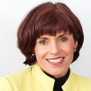 Dr. Claudia Lang