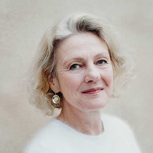 Dr. Monika Sebold Bender